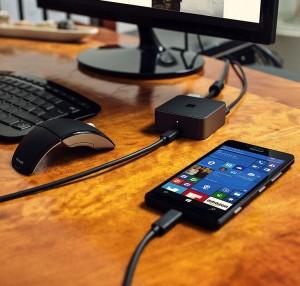 Lumia_950_Continuum_2