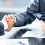 8 Secrets To Winning Big Contracts -Small Businesses